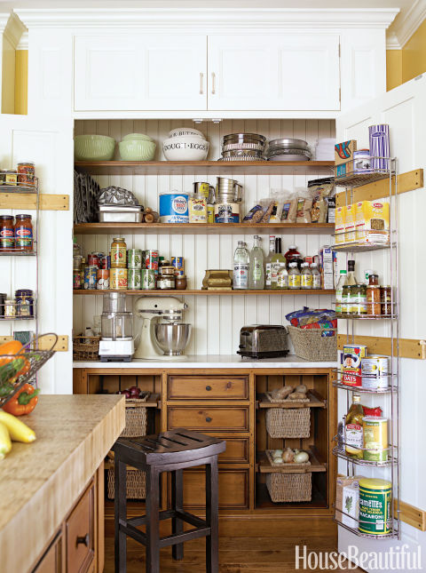 kitchen-cabinets-hidden-clutter