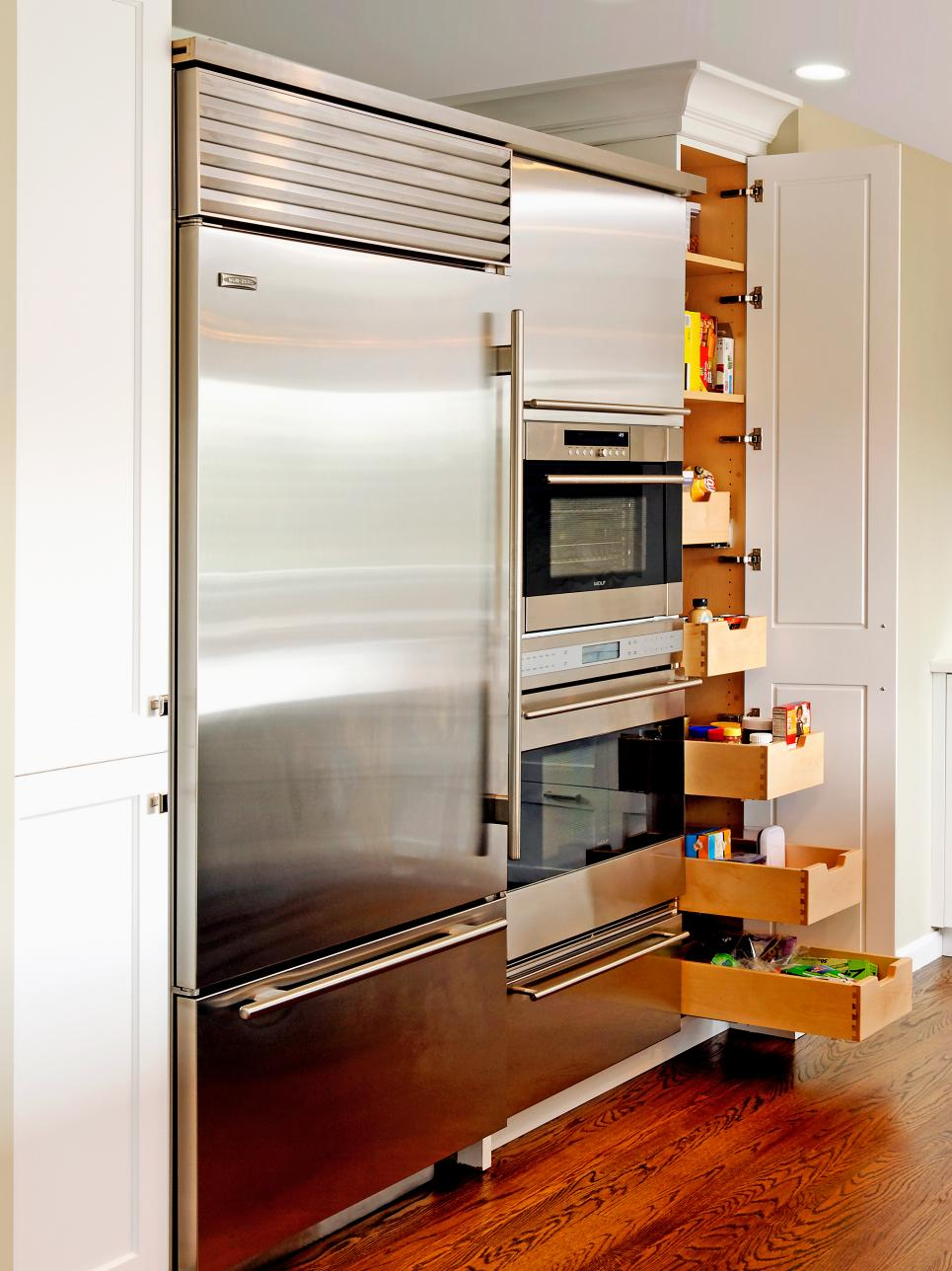 kitchen-design-hideaway-storage