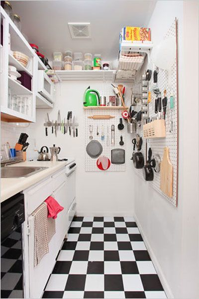 small-kitchen-design-overhead-wall-storage