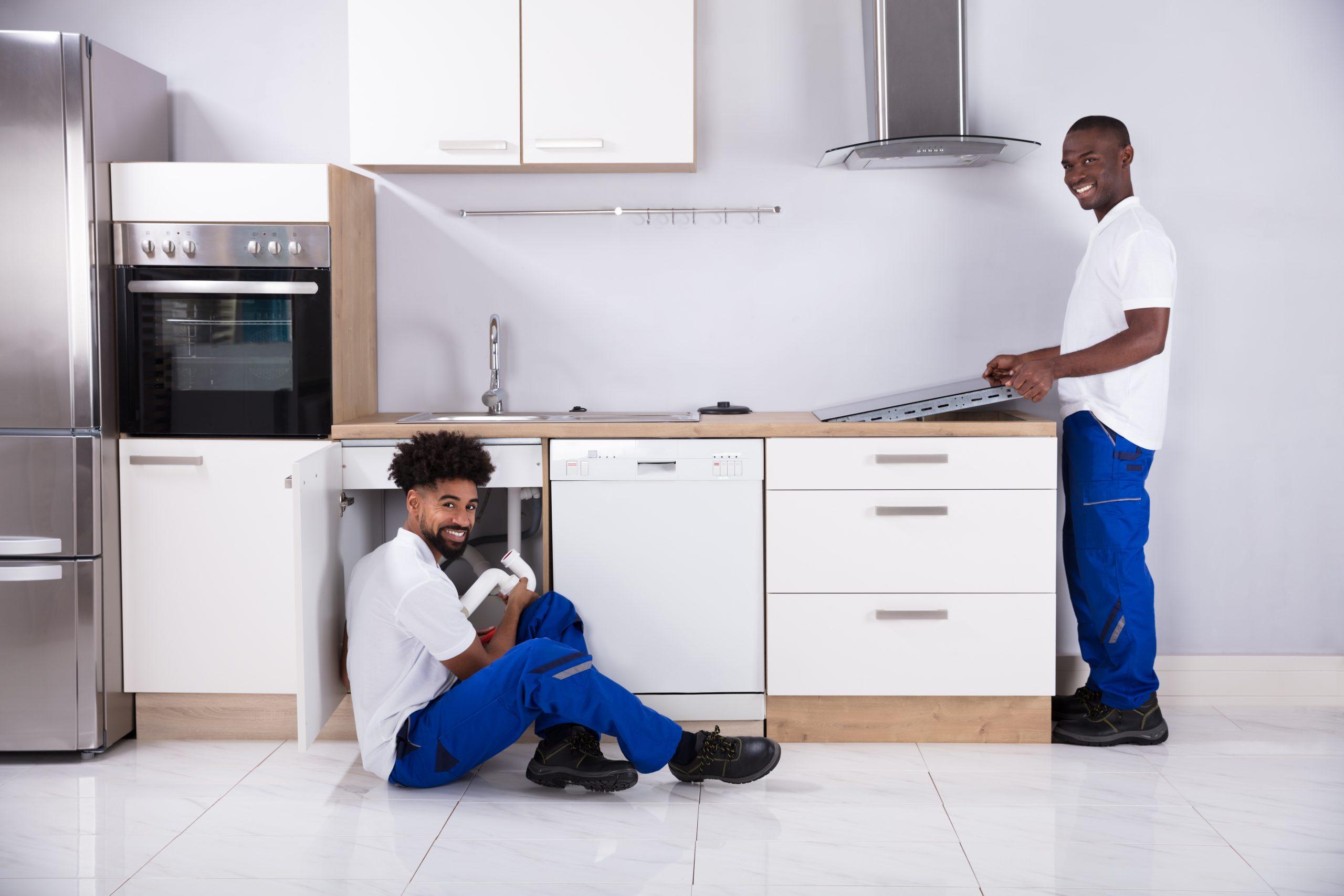 Men-Assembling-Kitchen-Services