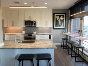 kitchen cabinet refinishing tips